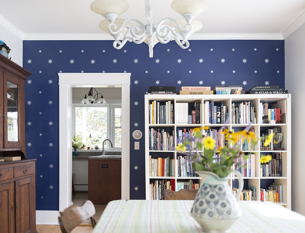 Julia Whitney Barnes dining room wall with stars